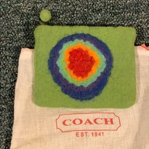 Handbags - HANDMADE green felt wallet hip abstract purse wool